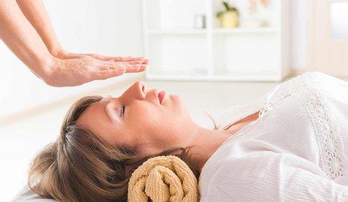 Reiki behandelt Stress