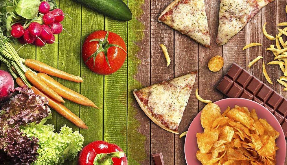 Junkfood im Vergleich zu gesundem Essen