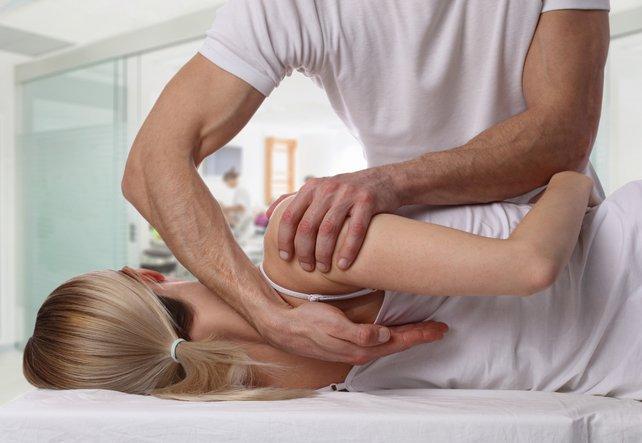 Rückenschmerzen und ihre Behandlung durch Therapiemethoden