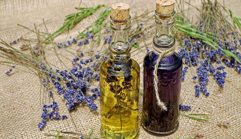 Lavendelöl zum Entspannen und loslassen